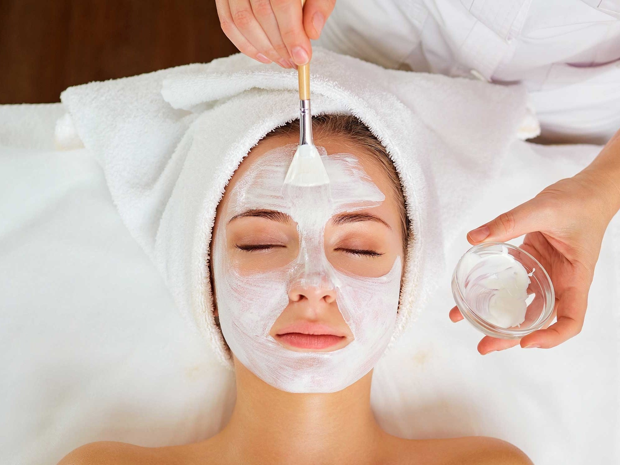 Facial treatment in Omaha, NE